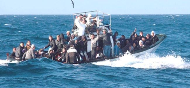 Akdeniz'de göçmen faciası: 50 ölü