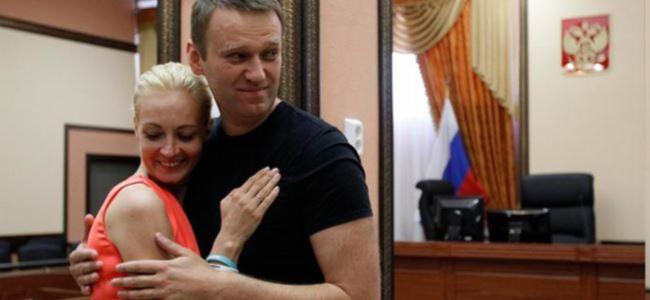 'Putin'in en yakın rakibi devre dışı'