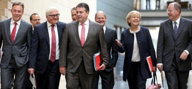 Almanya'da Büyük Koalisyon Pazarlıkları Başlıyor