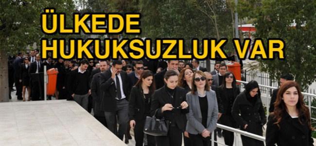 Avukatların polis protestosu