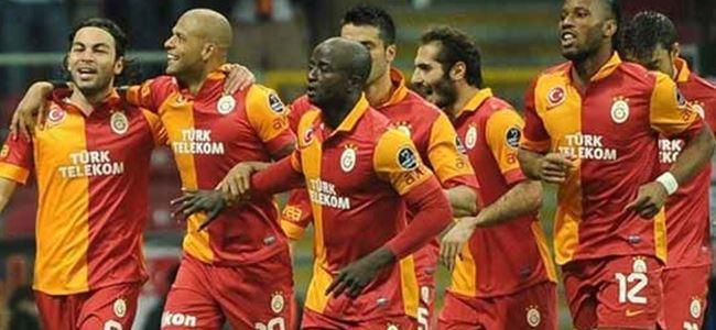 Galatasaray sağ gösterirken sol vurdu