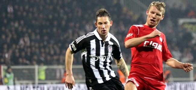 Kırmızı bu kez Beşiktaş'a yaradı!