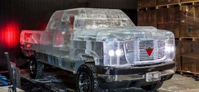 Buzdan kamyon yapıp çalıştırdılar!