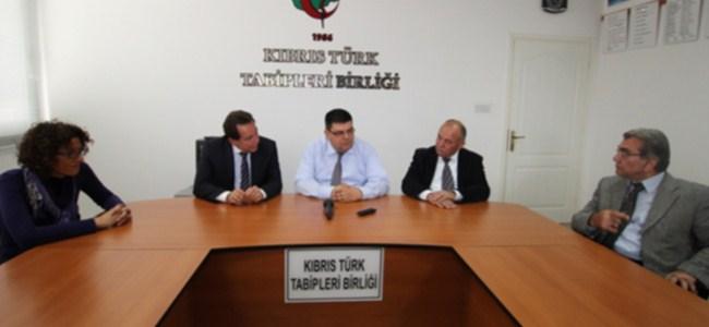 Fellahoğlu yeni Lefkoşa'yı doktorlara anlattı