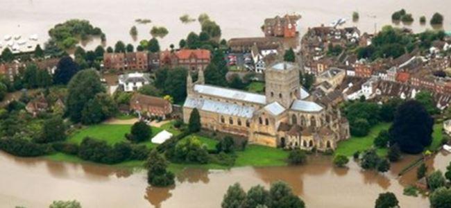 İngiltere'de sel felaketi