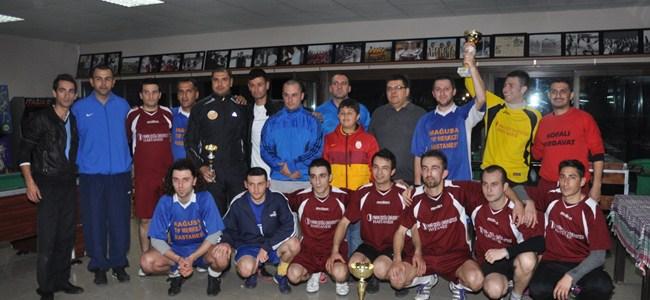Sağlık çalışanları futbol ile buluştu