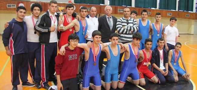 Minderde şampiyon YDK