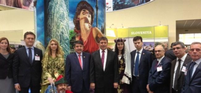 """Bakü'de ,""""Aıtf 2013"""" Turizm Fuarı'nda KKTC'yi Tanıtılıyor"""