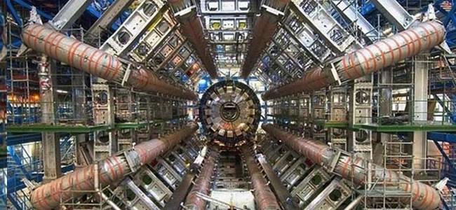İranlı Bir Bilim İnsanı, Zaman Makinesi İcat Etti…