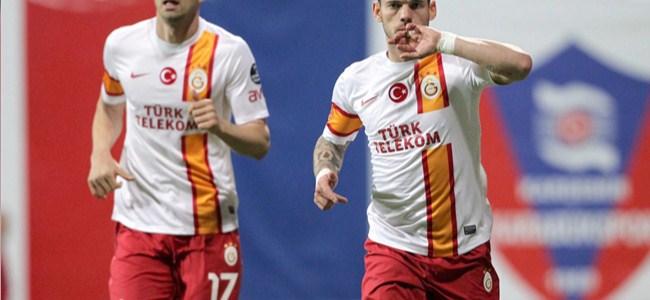 Sneijder'dan hayat öpücüğü