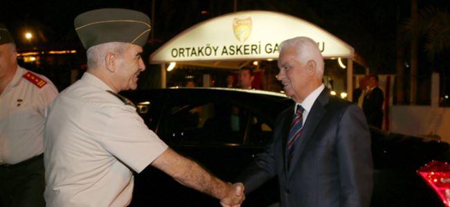 Eroğlu'nun vatandaşlık açıklaması