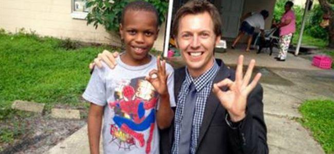 Kayıp çocuğu gazeteci buldu