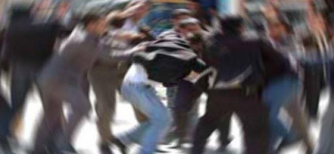 Kıbrıslı Türk polisi dövdüler