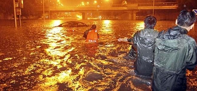 Çin'de şiddetli yağmur: 6 ölü