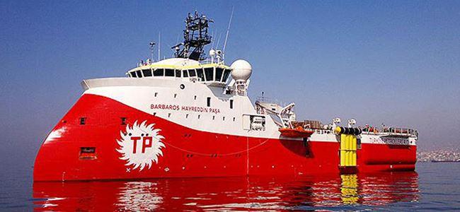 Photo of Barbaros'un ikmal gemisi dipkarpaz açıklarında arızalandı