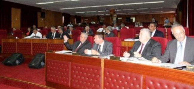 26 İmzalı Güvensizlik Önergesi Meclis'te
