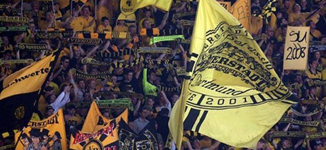 Borussia Dortmund'un stadında bomba paniği