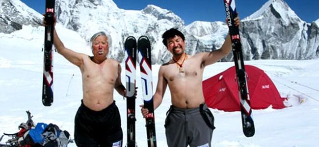 80 yaşında Everest'e tırmandı