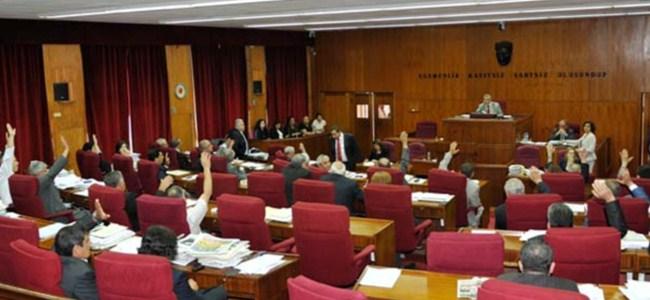 Meclis'te Gündem Güvensizlik Önergesi
