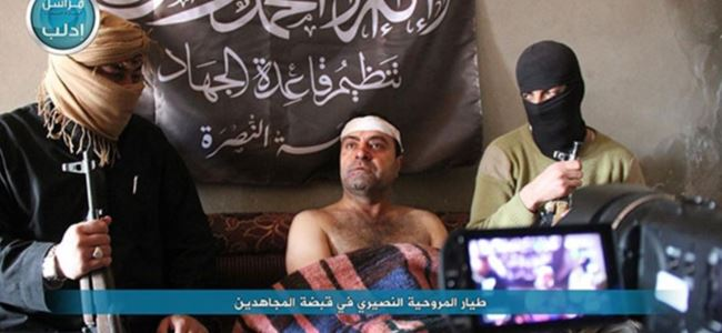 El Nusra İdlip'te dört Suriye askerini esir aldı