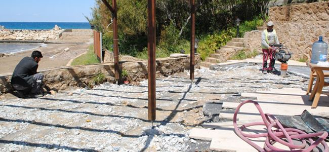 Girne Belediyesi Kervansaray Halk Plajını yaza hazırlıyor