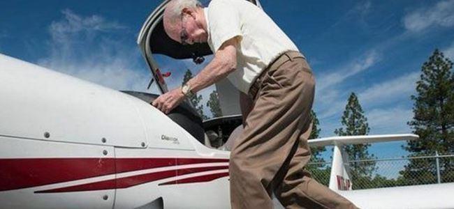 Dünyanın en yaşlı pilotu o
