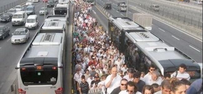 İstanbul'da ulaşım zammında geri adım