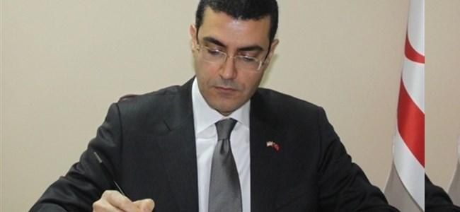 """""""Türkleri Azınlık Olarak Görmek İstiyorlar"""""""
