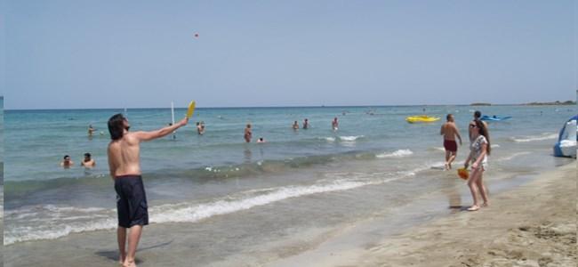 Mağusa'da plajlar ücretsiz