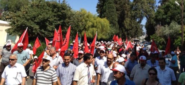 Kıbrıs'tan Gezi Parkı'na Destek