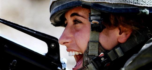"""""""Kadınlara"""" mecburi askerlik geliyor!"""
