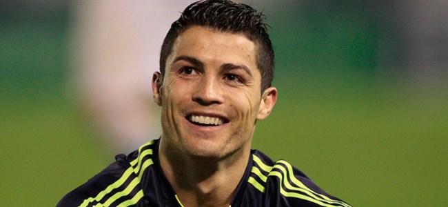 Ronaldo Para Basacak!