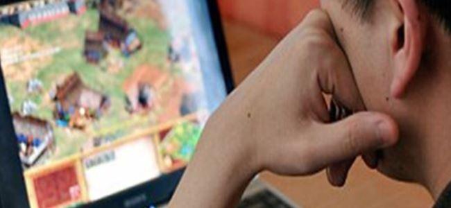 22 gün bilgisayarda oyun oynayan genç odasında ölü bulundu