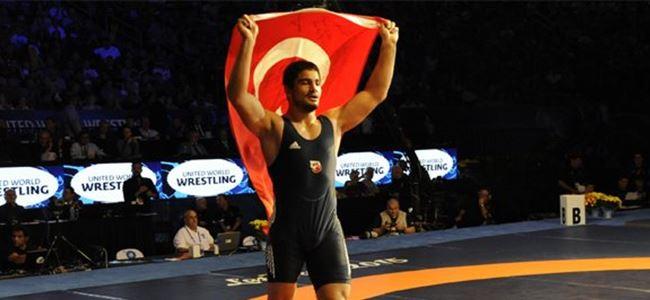 Dünya şampiyonu oldu