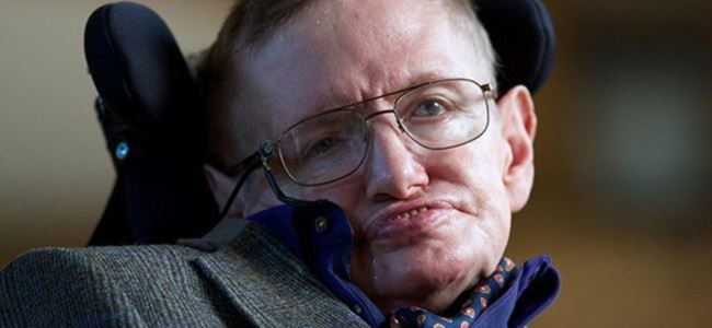 Stephen Hawking uzaya gidiyor