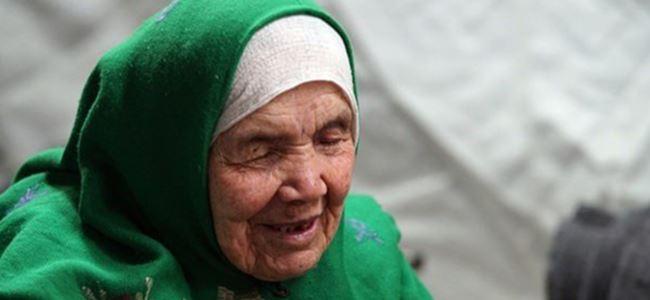 105 yaşında niçin mülteci oldu?