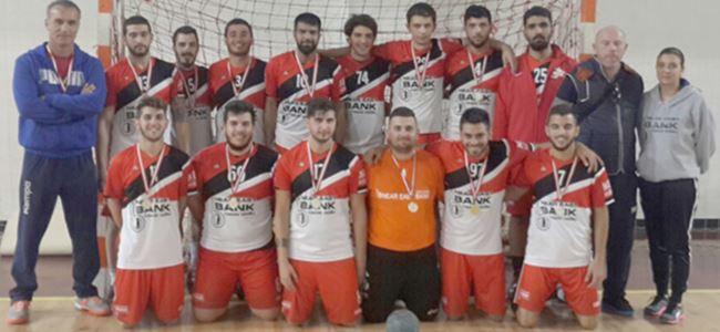 Hentbolda şampiyon YDÜ