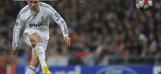 Ronaldo'nun Şutu Seyirci Çocuğun Kolunu Kırdı