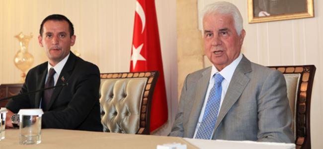 Cumhurbaşkanı Eroğlu Azerbaycan Kıbrıs Dostluk Cemiyeti Heyetini Kabul Etti
