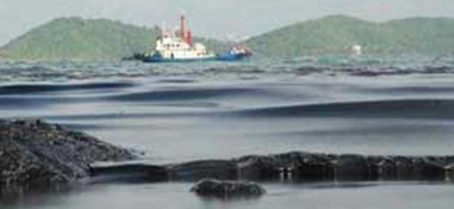Tayland'da petrol sızıntısı