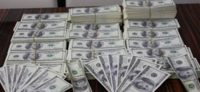 Girne'de binlerce sahte dolar bulundu!