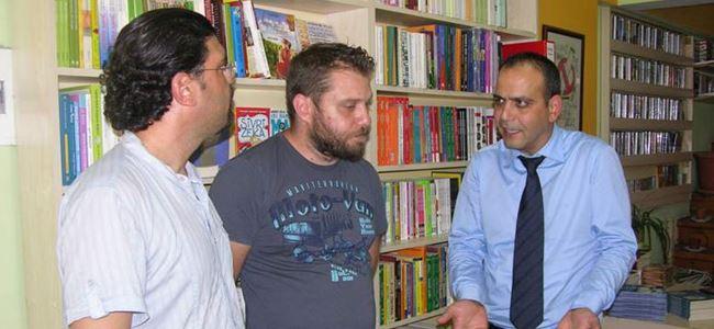 Harmancı, Khora Kitap Cafe'yi ziyaret etti