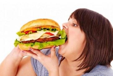 'Tüketim çılgınlığı obez yapıyor!'
