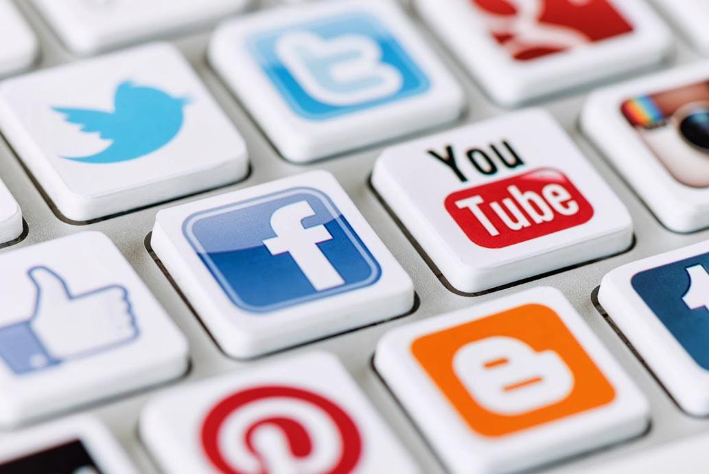 Pastanın %85'i Facebook ve Google'da