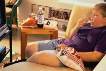 TV Karşısında Yemek Çocukları Obez Yapıyor