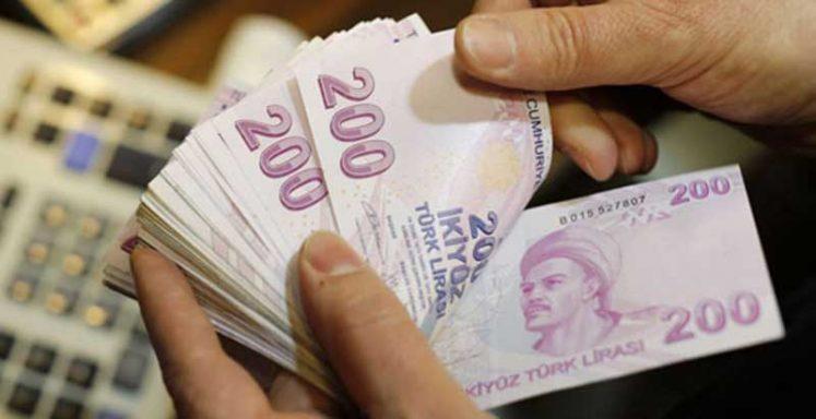 Photo of Türk lirası haftaya değer kaybıyla başladı, dolar 6,15'i aştı