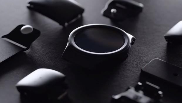Photo of Dünyanın ilk modüler akıllı saati