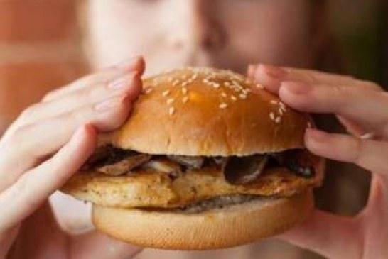 Çocukken obez olan ömür boyu risk altında!