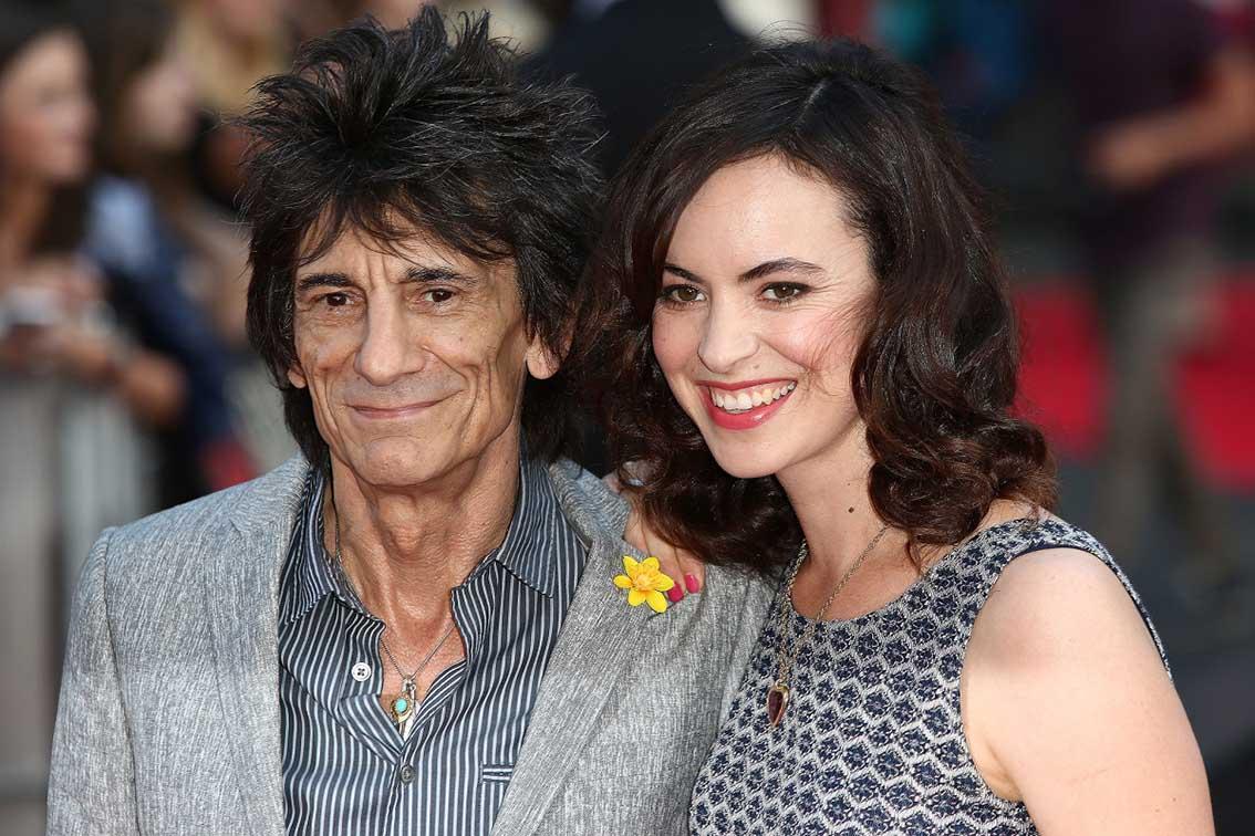 Photo of Ünlü rockçı 68 yaşında ikiz babası oldu