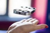 Selfie'de yeni dönem: AirSelfie